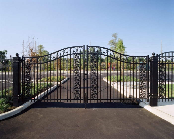 Powder Coated Rolled Steel Entry Gates