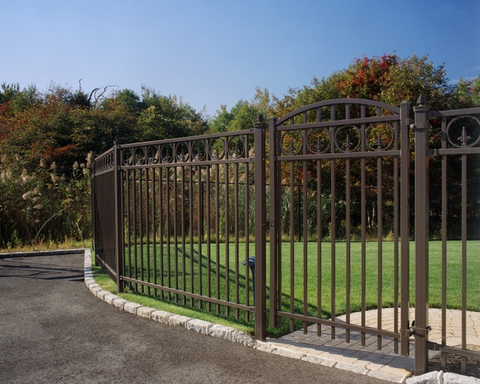 Powder Coated Rolled Steel Estate Fence W. Arched Gate